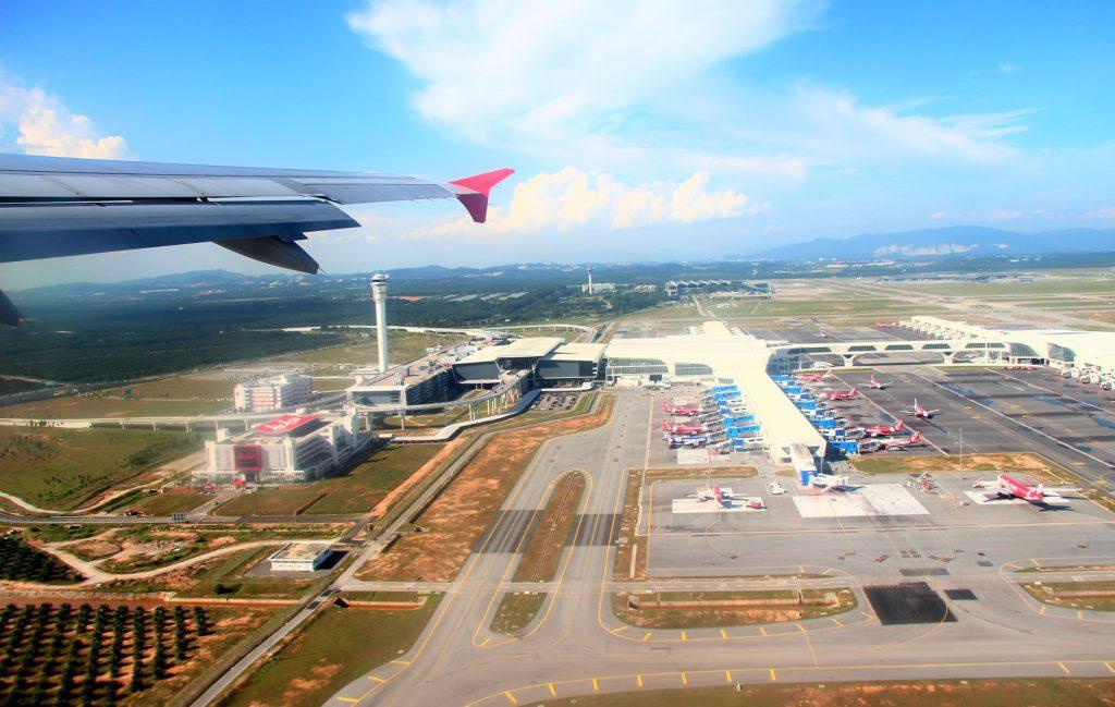 ペナン空港を上空から見る マレーシア旅行
