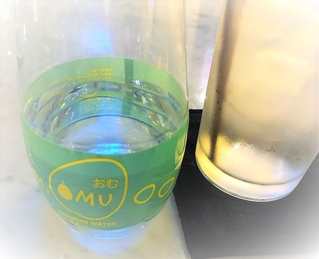 タイのバンコクでイチオシのオムライス店オムの水