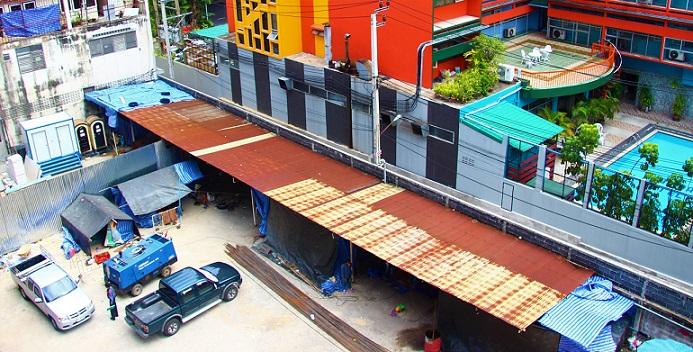 バンコクの電車から見た車窓 タイ旅行