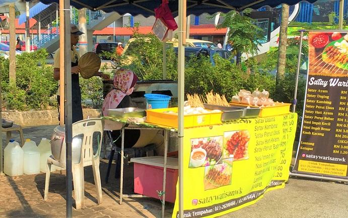 マレーシアのクアラルンプールの串焼き屋さん