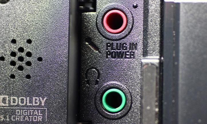 SONY-CX680のマイク端子とヘッドフォン端子