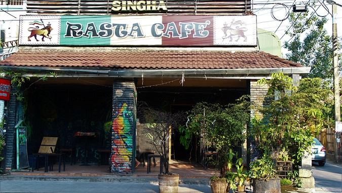 チェンマイ市街地のカフェの写真