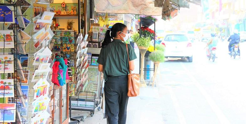 チェンマイの見返り美人の写真ータイ旅行