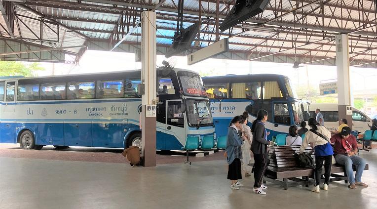 タイ南部のトラートバスターミナル