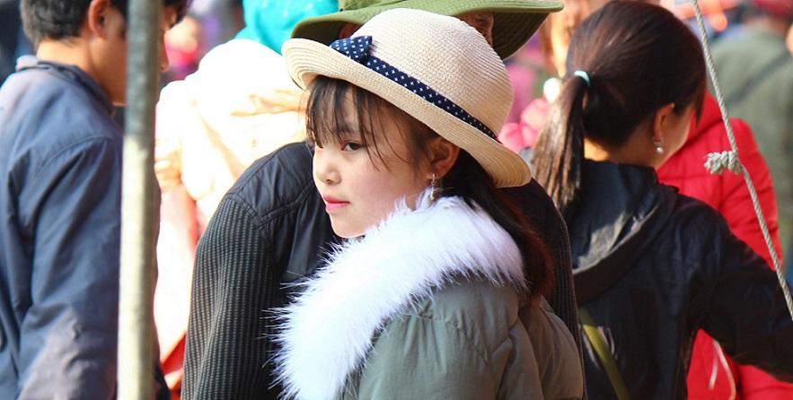 ベトナム旅行バックハーの女の子