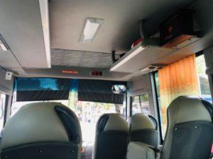 フーコック島のスーパードンのバスの車内