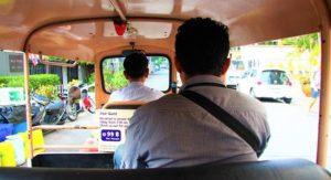 バンコク観光は腹ごしらえから|タイ旅行へ行こう!