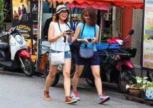 バンコク観光街歩き|タイ旅行中の韓国美女