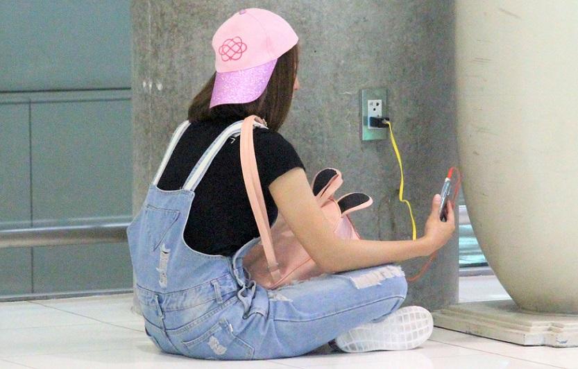 スワンナプーム空港でのスマホの充電方法|タイ旅行