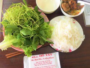 ベトナム旅行|ハノイ名物の麺料理ブンチャーをホーチミンで食べる!