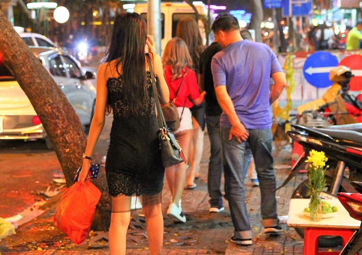 ベトナムのホーチミンでは夜遊びスポットが豊富です
