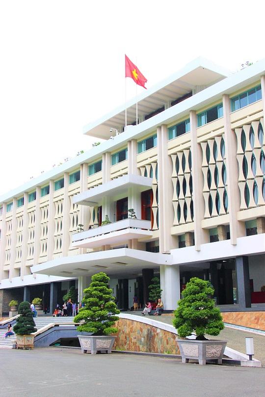 ベトナム旅行の超目玉観光スポット、統一会堂の写真|ホーチミン