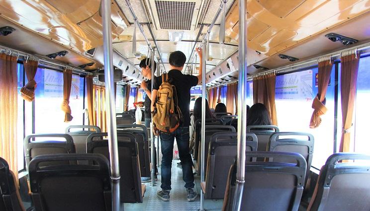 バンコクのルンピ二ー公園と日本大使館までバスで行く方法|料金も格安で乗りやすいです【タイ旅行】