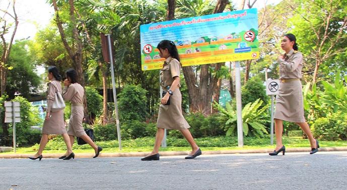 バンコクの癒しスポット、ルンピ二ー公園は学校の近くなので教師や学生たちもよく利用します【タイ旅行】