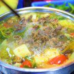ハノイ旧市街のドンスアン市場フードコートで食べた最高の鍋料理の写真|ベトナム旅行
