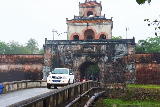 世界遺産の街フエを歩いてベトナムの歴史と日常を感じるベトナムの旅